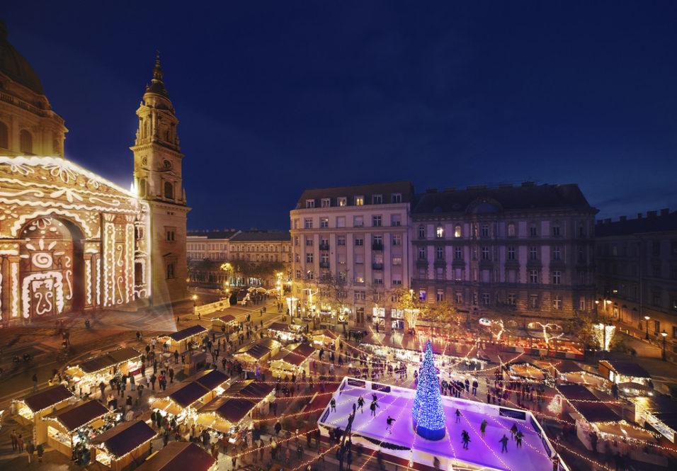 Budapest-Christmas-Market-by-Basilica-Tunde-Lovei