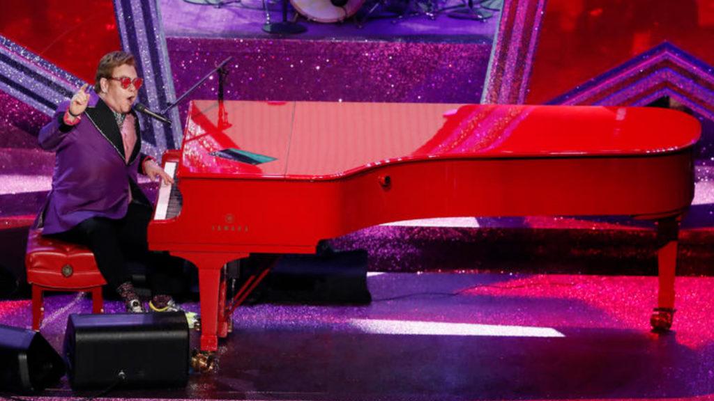 Elton John Afscheidstournee Uitgesteld 2021