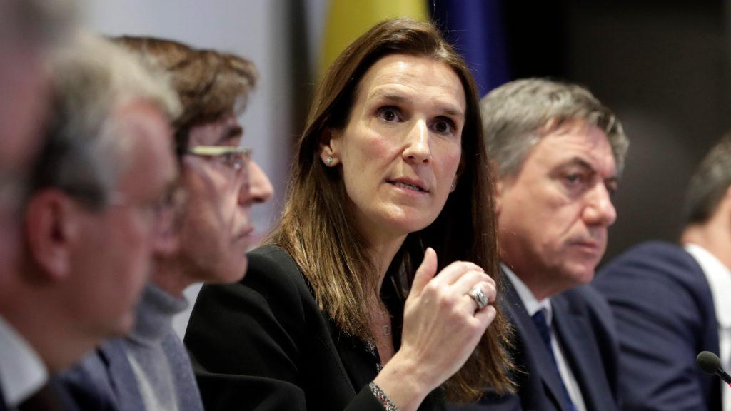 Restregering-Wilmès krijgt volmachten met steun van oppositie om coronacrisis aan te pakken.