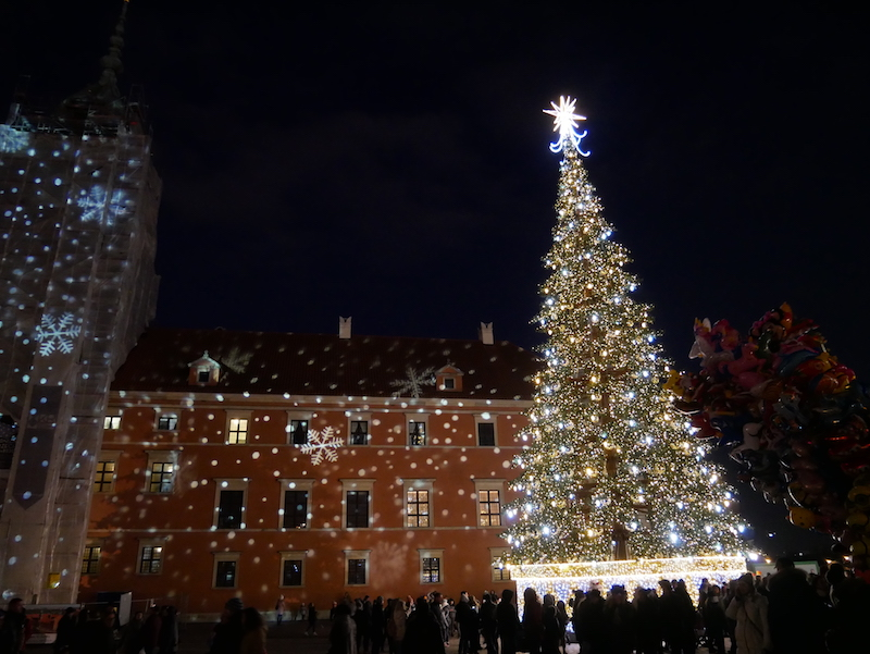 Warsaw-Old-Town-christmas-tree-2017