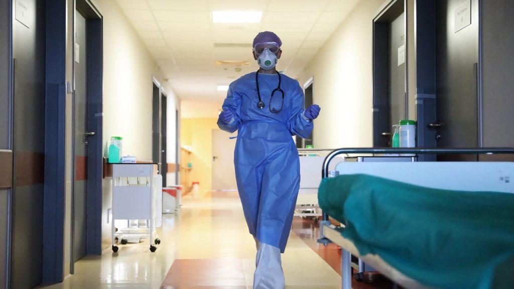 coronavirus verpleegster